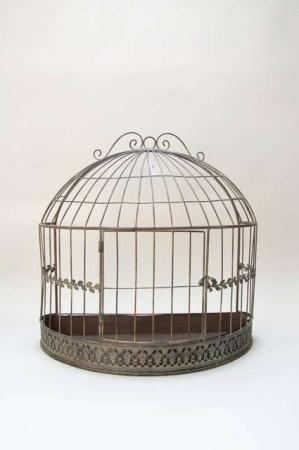 Fuglebur til dekoration. Metalbur til ophæng på væg. Væghængt fuglebur til dekorationer. Dekobur i antiklook. Dekobur i metal. Jernbur til væg.