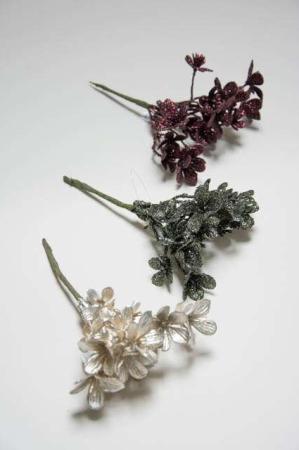 Kunstig hortensia til dekorationer. Dekoblomster med glimmer. Dekomateriale til adventskrans. Kunstige blomster til juletid.