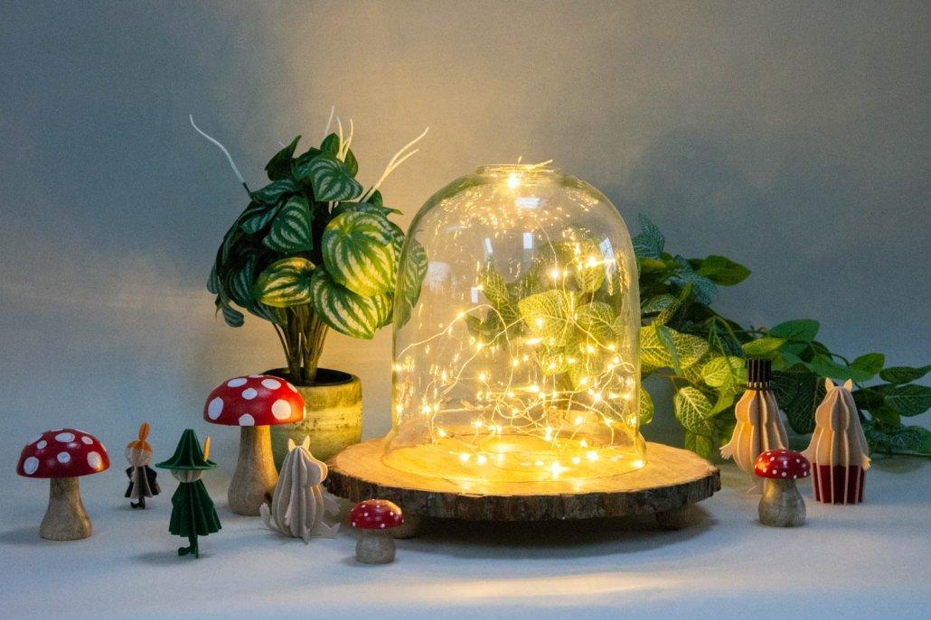 Glasklokke med indendørs lyskæde