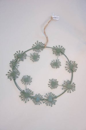 Grå deko krans af metal - grøn dekorationskrans fra 2Have