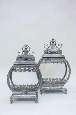 Oval lanterne. Romantisk oval lanterne. Ornamenteret lanterne