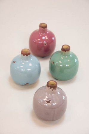 Glaserede vaser - grøn, blå, lys og mørk lilla. Rustikke vaser med smal hals.