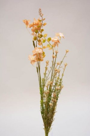 Kunstig blomsterbuket og blomsterstilke i rosa og grønne nuancer. rosa og grøn buket med kunstige blomster.