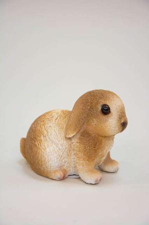 Sød lille kaninunge. Påskeharekilling til påskepynten.