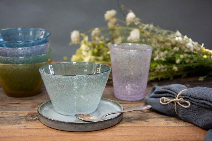 Farvet glas - små glasskåle i flotte farver