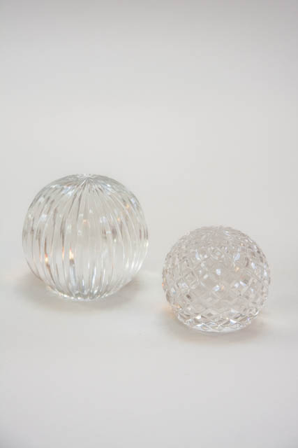 Klare dekorationskugler af glas. Prestia glaskugler fra Lene Bjerre