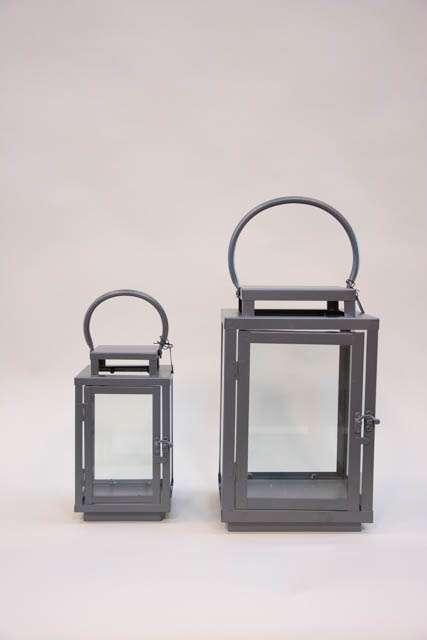 Klassiske lanterner med hank - Jern. Firkantede lanterner med glassider