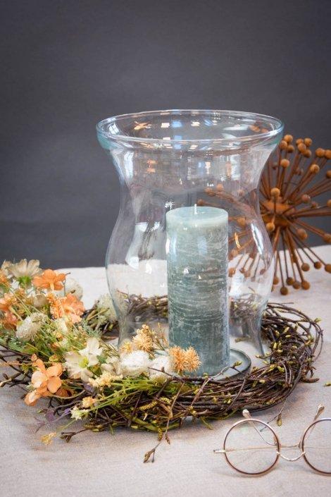 Tørret blomter krans med hurricane glas