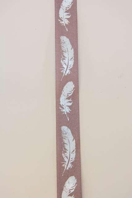 Brunt dekorationsbånd med sølv fjer fra Sae Il. Bånd til dekorationer og gaver