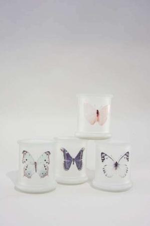Fyrfadsstager af glas med sommerfugle. Flotte stager til fyrfadslys af glas.