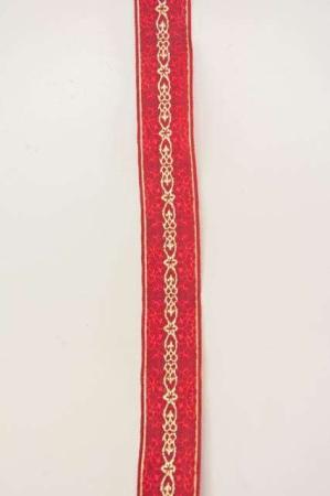 Glimtende guld og rødt dekorationsbånd med julemotiv fra Sae Il. Klassisk julebånd til juledekorationer og julegaver