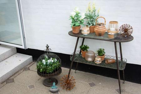 inspiration til terrasse indretning - lav en hyggekrog med nips til haven