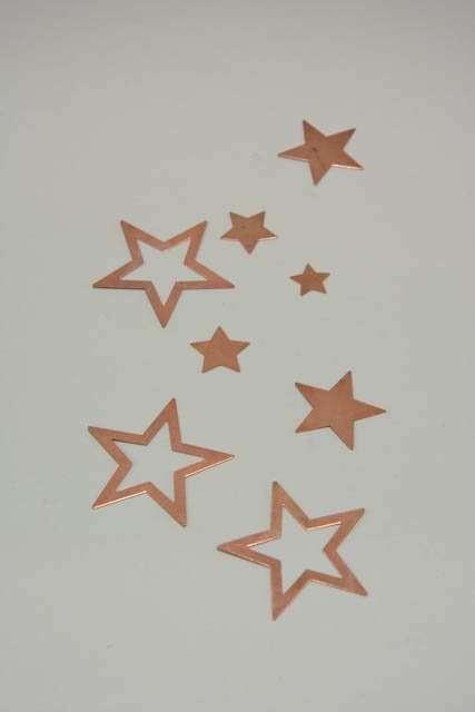 Bordpynt - små kobber stjerner til at drysse på bord
