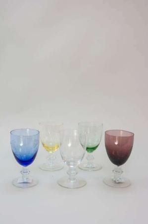 Farvede hvidvinsglas
