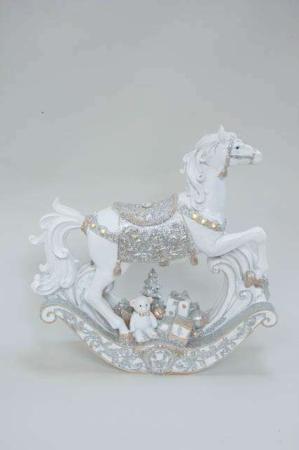 Hvid gyngehest med LEDlys og sølv detaljer