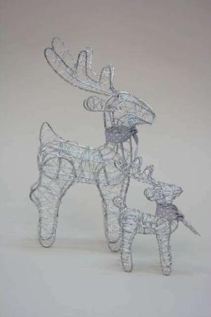 Rensdyr af sølvfarvet tråd