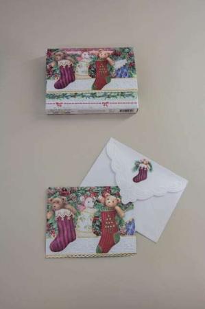 Fine julekort med julestrømper. Julesokker på julekort med kuvert.