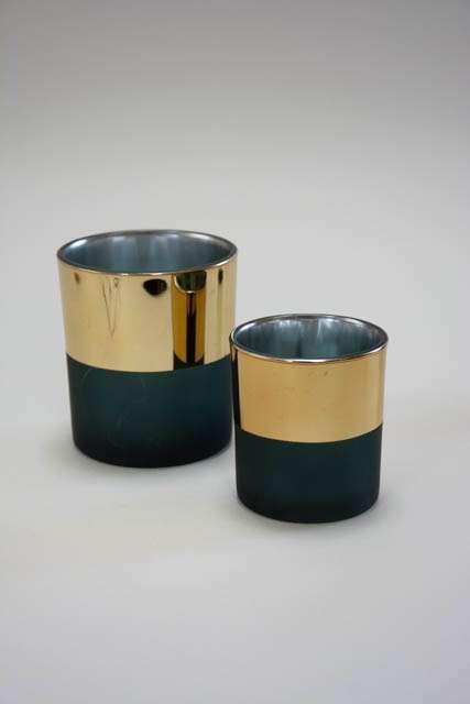 Mat grønt fyrfadsglas med guld kant
