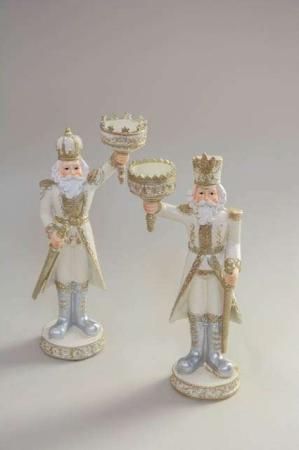 Soldater-figurer med lysholdere. Sjov lysestage jul. Hvid og guld julestage 2020.