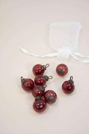 8 små julekugler af glas - bordeaux