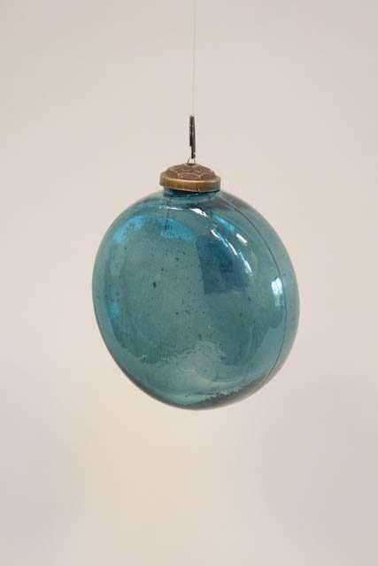 Blå julekugle af glas - flad