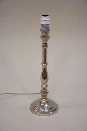 Bordlampe fra Lene Bjerre - sølv lampefod