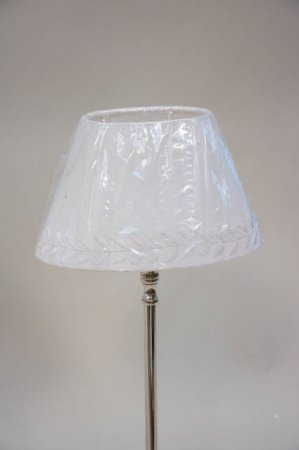 Hvid lampeskærm med mønster fra Lene Bjerre