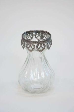 Klar glasvase med sølv kant