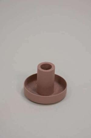 Lille metal lysestage til kertelys - rosa