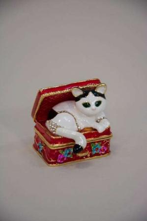Lille smykkeskrin med kat