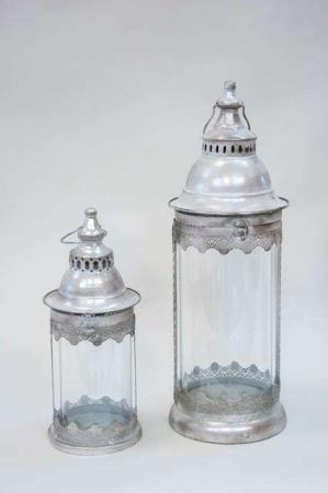 Sølvfarvede lanterner til indendørs og udendørs brug