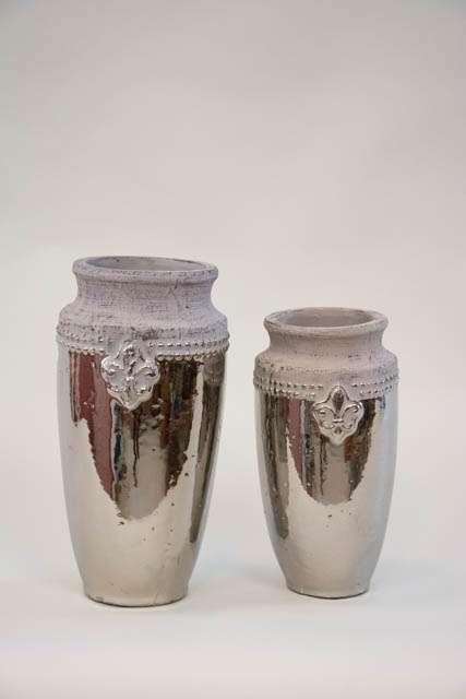Høj keramik potte med fransk lilje