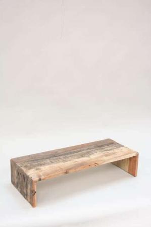 Unika træbord - morgenmad på sengen