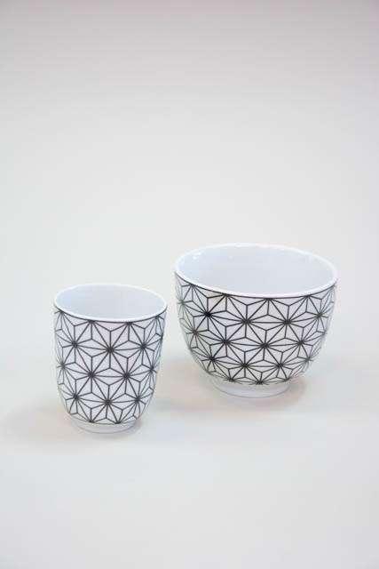Morgenmadsskål med krus - hvid og sort stjerne mønster