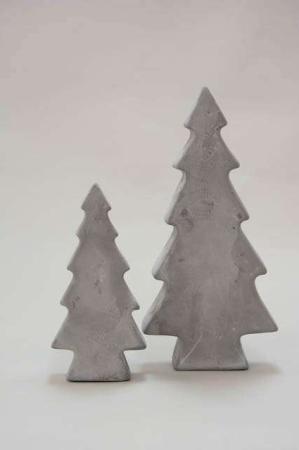 Juletræer i beton - Juletræ til haven - Havefigur i beton