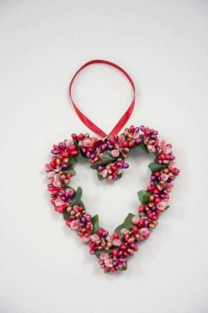 Hjertekrans med røde og bordeaux bær - Krans til ophæng